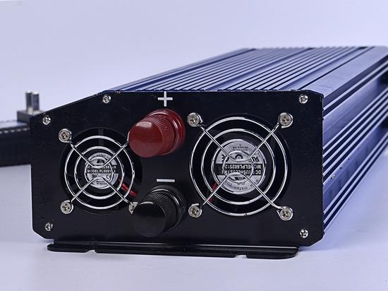 CHUHAN Pure Sine Wave Inverter 2000W CHNB-C2000