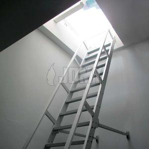 アルミニウム製はしご
