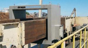 トンネル型金属検出機