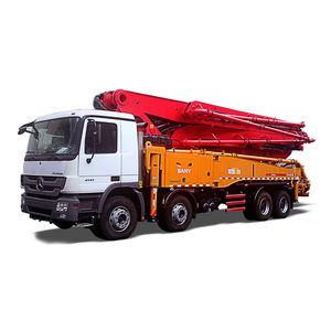工事現場用トラック搭載コンクリート ポンプ