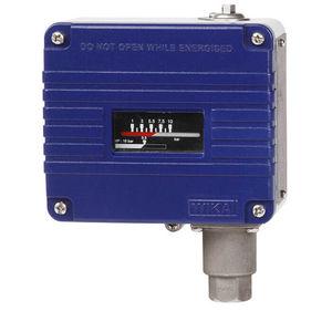 水用圧力スイッチ / 電気機械