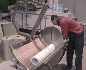 ガラス繊維用切断機 / ファイバーレーザー / ロール / 手動制御