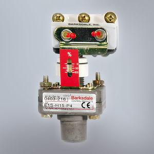機械式圧力スイッチ