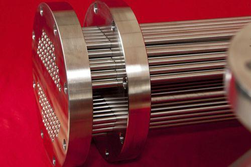 チューブおよびラジエーターグリル熱交換器