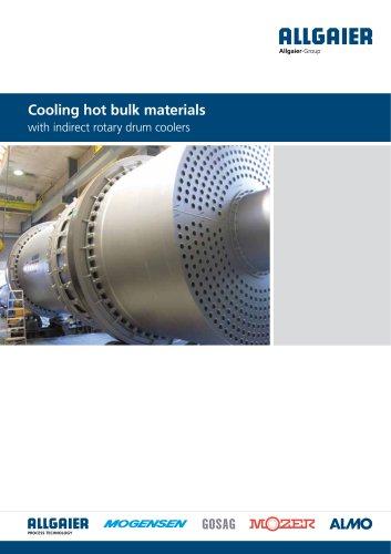 Cooling hot bulk materials