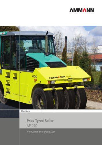 AP240 pneumatic tyred roller