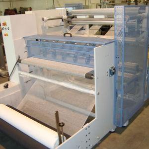 máquina de corte longitudinal para tecidos