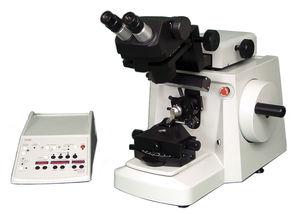micrótomo de bancada