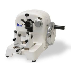 micrótomo manual