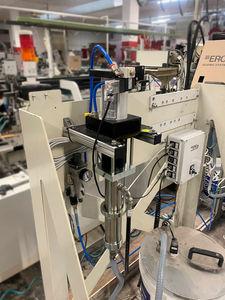 sistema de descarga para produtos pegajosos
