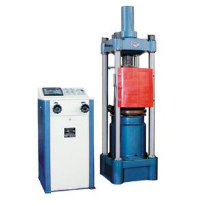 máquina de ensaio de compressão
