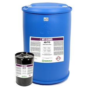 produto de limpeza de base aquosa