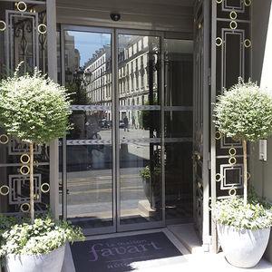 portas de correr / em alumínio / em vidro / para ambientes internos