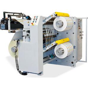 rebobinadeira-cortadeira longitudinal compacta