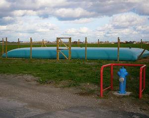 tanque de armazenamento de água