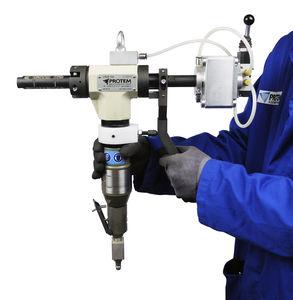 chanfradeira com sistema de aperto automático / pneumática / portátil / para extremidades de tubos